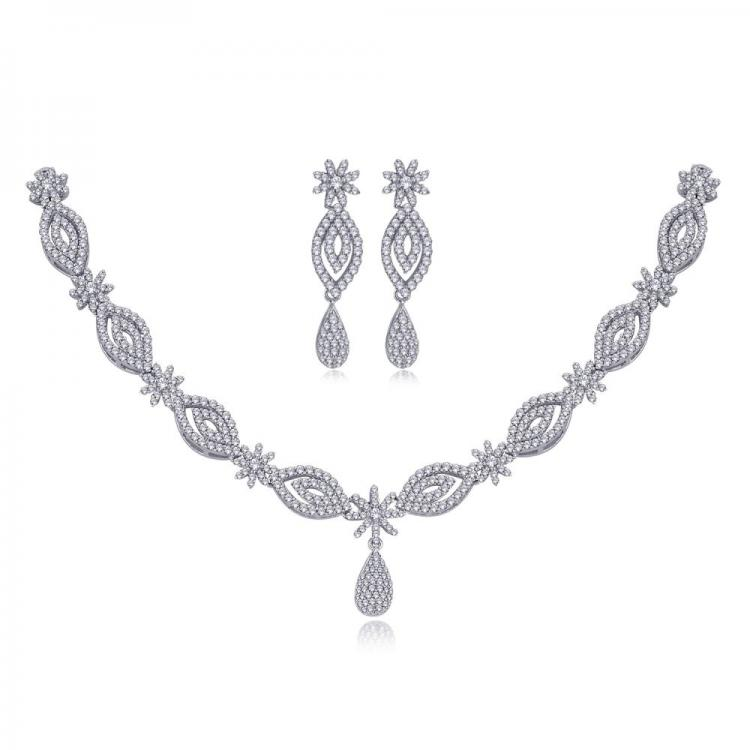 Meenaz Necklace  Set